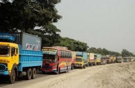 bus jot - ঘরমুখোদের বাড়তি চাপে ঢাকা-টাঙ্গাইল মহাসড়কে ১৫ কি.মি. যানজট